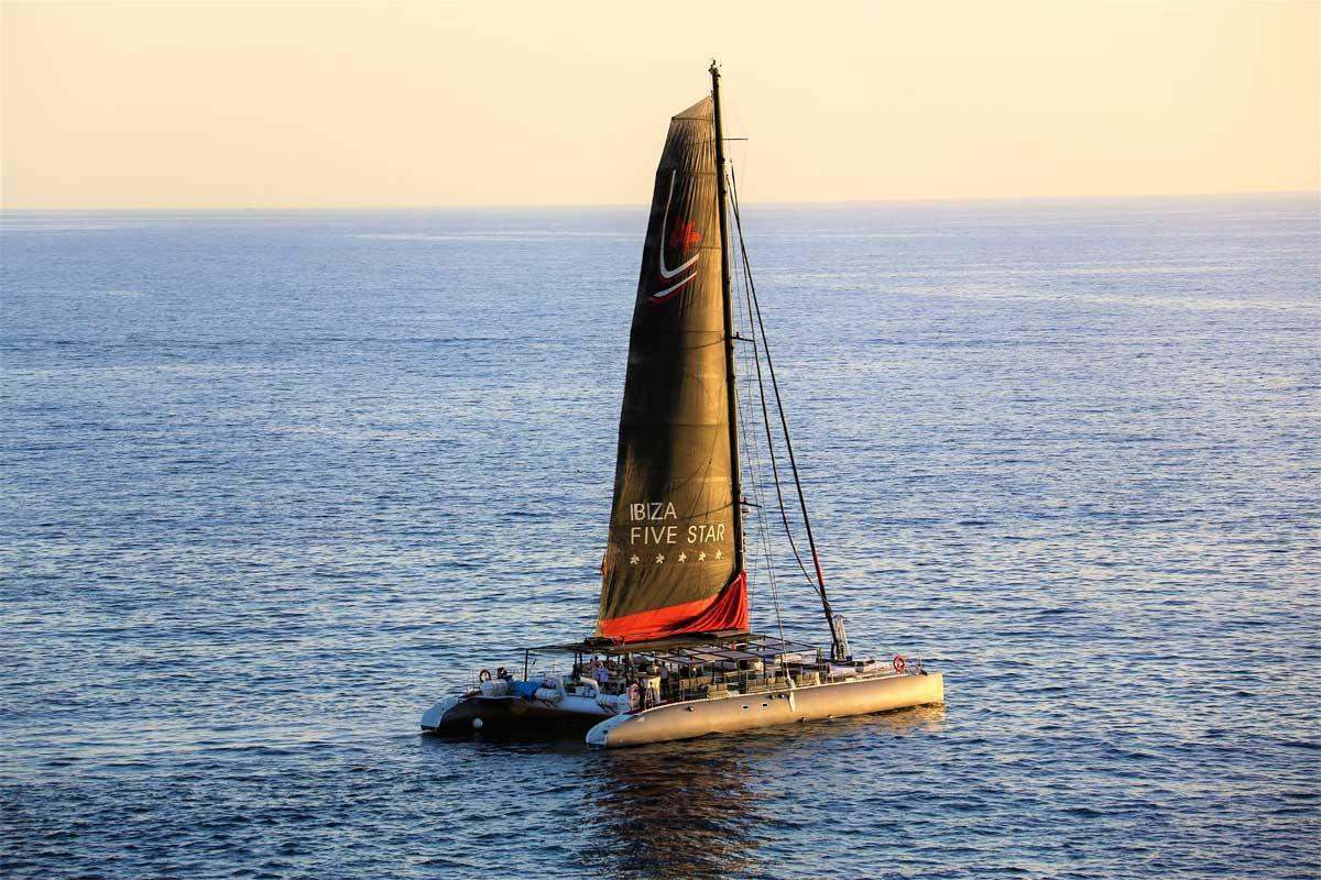 Anfi Water Sports Luis Molina -Five Star Catamaran